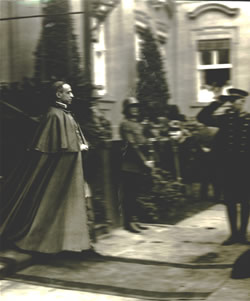 Pope Pius XII and German military officer.