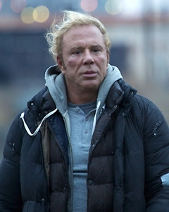 """The Ram"" (Mickey Rourke)."